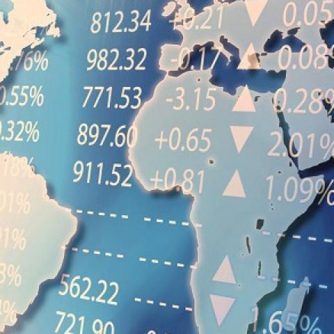 [Cập nhật] Thị trường hàng hóa diễn biến trái chiều trong phiên sáng nay