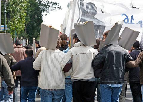 Brazil: công nhân tại cảng santos đang có kế hoạch đình công trong 24 giờ