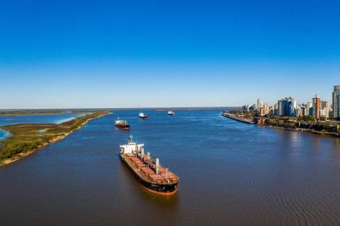 Argentina: mực nước tại sông parana…