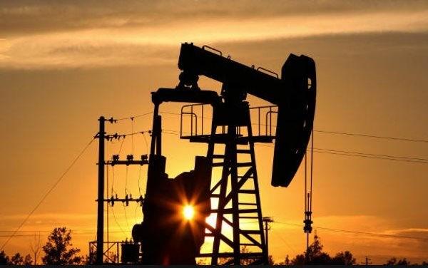 Giá dầu có thể tiếp tục giảm sau báo cáo của EIA tối nay