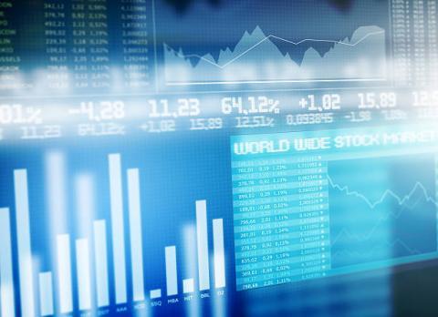 [Tài chính] Giá vàng thế giới tăng, USD giảm nhẹ