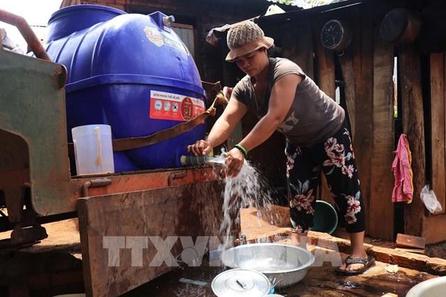 điều chỉnh giảm giá nước sạch…