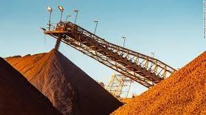 Thị trường quặng sắt đang 'sụp…