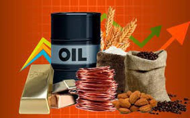 Thị trường ngày 5/9: Giá dầu tăng vọt hơn 4%, vàng cao nhất 6 năm