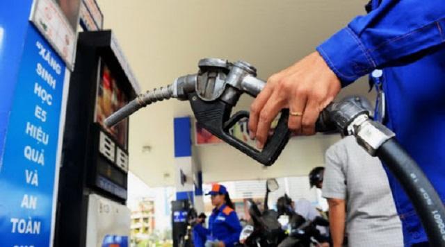 Giá xăng tiếp tục giảm về dưới 12 ngàn đồng/lít từ 15h ngày 13/04