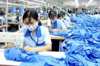 Nguy cơ ngành dệt may, da giày thiếu việc làm trong tháng 4 và tháng 5
